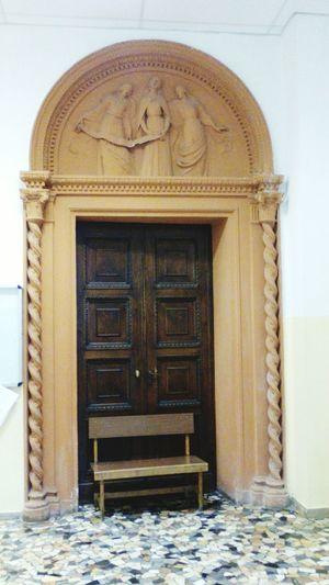 Portale Terracotta Altorilievo Scultura Forma Plastica EyeEm Selects Architecture Door Built Structure Arch No People Day History