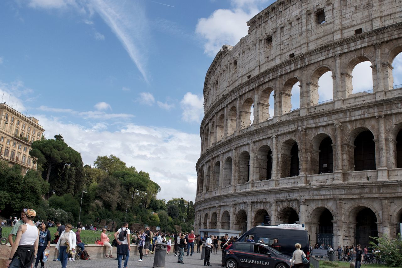 Adult Architecture Beautiful Rome City Cloud - Sky Colosseum Crowd Day History Landmark Large Group Of People Outdoors People Places You Must To See Rome Sky Tourism Tourist Travel Travel Destinations Vacations Visit