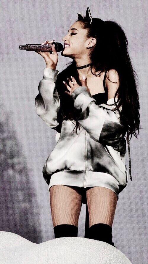 She is my everything 🌙✨ Beautiful Woman Arianagrande People Music Musician Wallpaper Women Beauty Honeymoon Tour