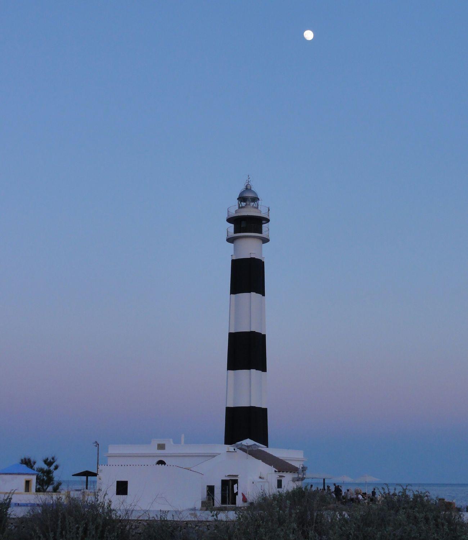 Lighthouse Paradise