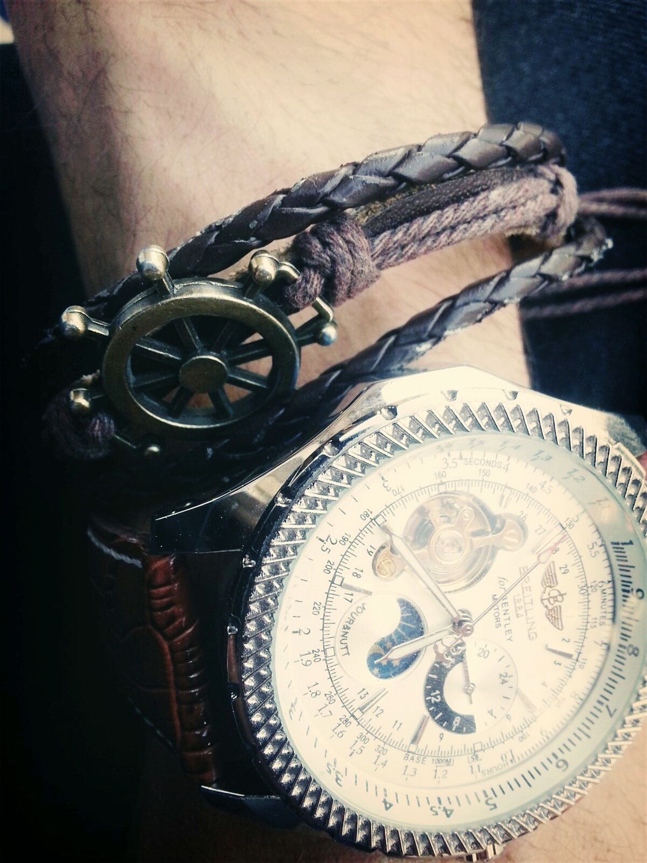Simplicity ...Clock Old-fashioned Clock Face Breitling Gear Time Fashion First Eyeem Photo