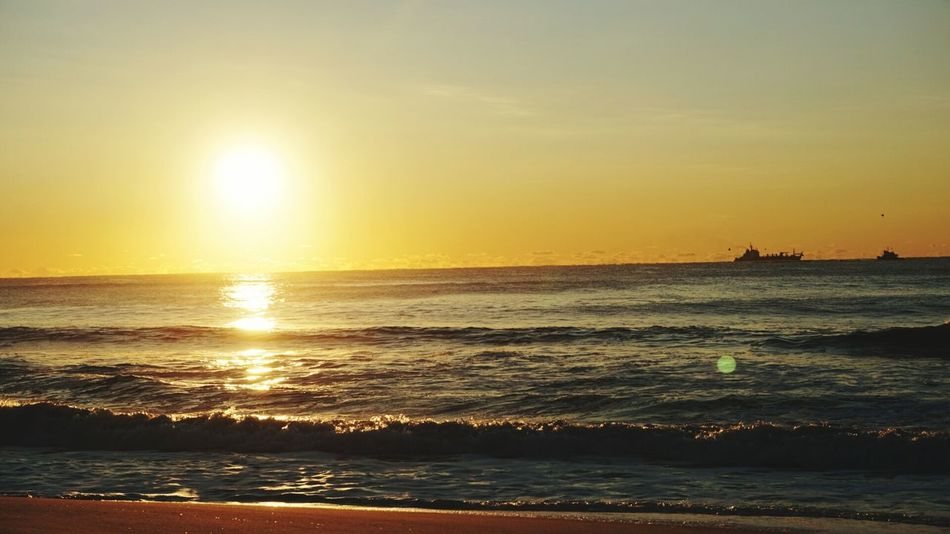 Ocean Beach Longislandlife Sunrise Sunshine Oceanview Easylikesundaymorning Surffishing Saltlife Lifeisgood Crackofdawn Sailing Away