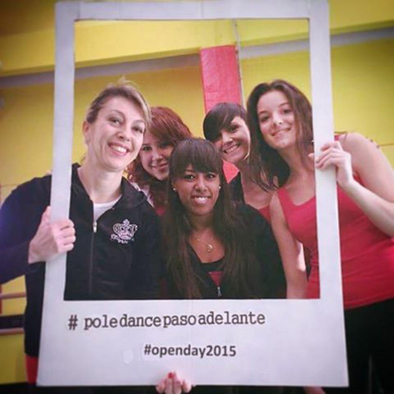 Some of Pole crew Beginner 😁❤...Christmas Open day show 🎉🎊 Poledance Poledancebeginners Christmasopenday Pasoadelante Polecrewbeginners