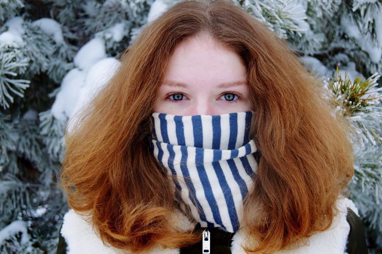 Winter Looking At Camera Cold Temperature Portrait Long Hair Focus On Foreground Blue Eyes Close-up People Outdoors Front View Snow One Person Day Young Adult Adult Eye EyeEm Best Shots EyeEm Nature Lover