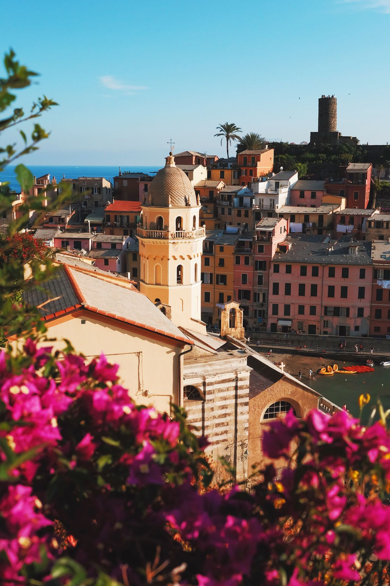 Vernazza. Architecture Flower Building Exterior Built Structure No People Outdoors Sky Day City Tree Cityscape