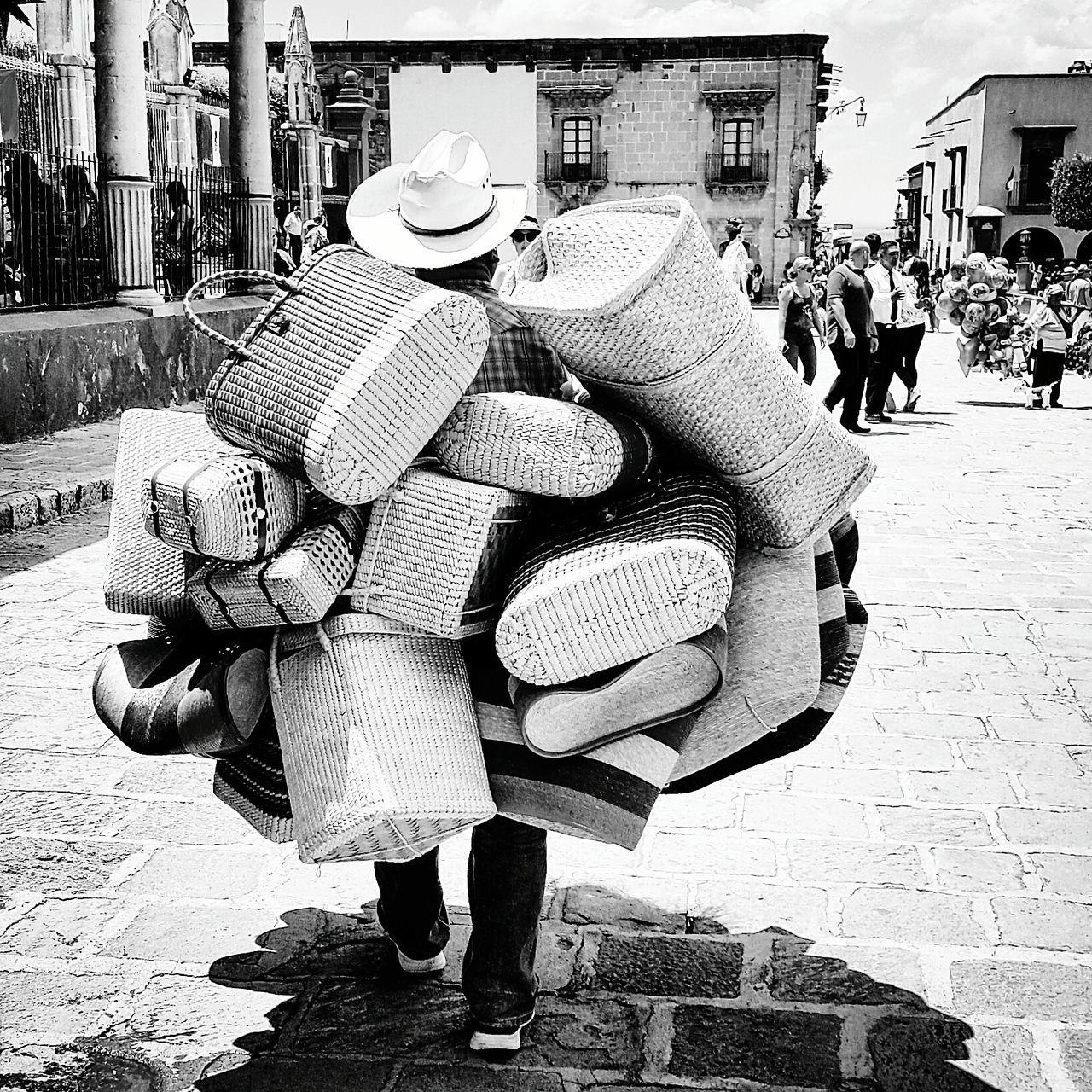 Mexican Culture San Miguel De Allende Mexico EyeEm ¡Viva México! Vendedor Ambulante Bagsforsale Streetphotography