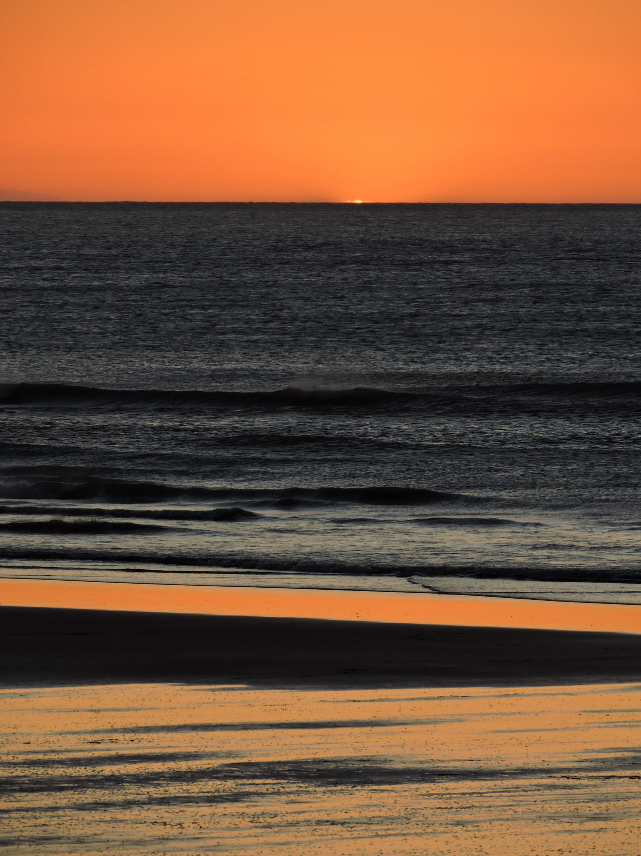 Beach Beauty In Nature Distant Horizon Over Water Last Seconds Of Sunset Of 2015 Ocean Sea Seascape Shore Water Wave