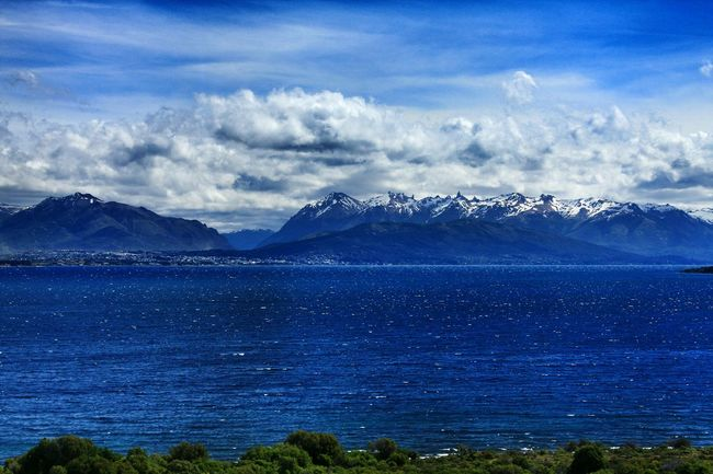 San Carlos de Bariloche view through Nahuel Huapi Lake. Rio Negro, Patagonia Argentina. Unykaphoto Bariloche Citytour Bariloche Lago Nahuel Huapi Nahuel Huapi NahuelHuapi Skyline Cityskyline Edge Of The World