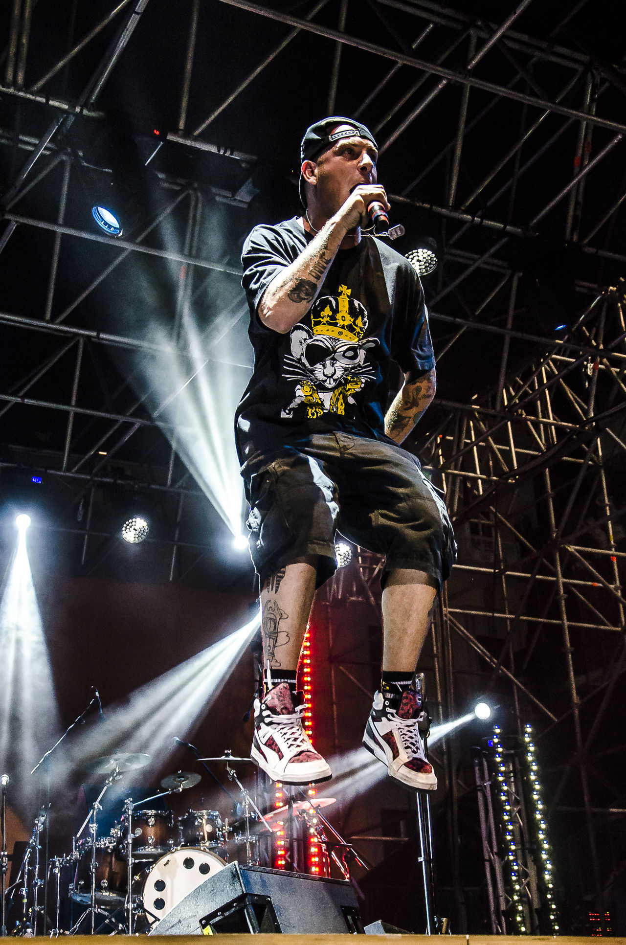 Clementino Cantante Concert Fly Flying Lights Live LiveMusic Livemusicphotography Low Angle View Music Musician One Man Only One Person Rap Rapper Show Singer  Stage Stage Light Stagephotography Artist EyeEmNewHere