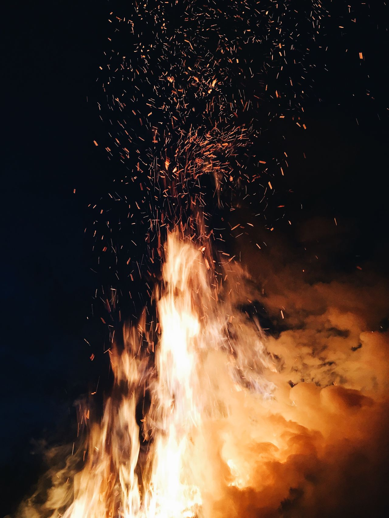 Night Heat - Temperature Flame Burning Glowing No People Outdoors Bonfire Close-up Nature Sky Live For The Story