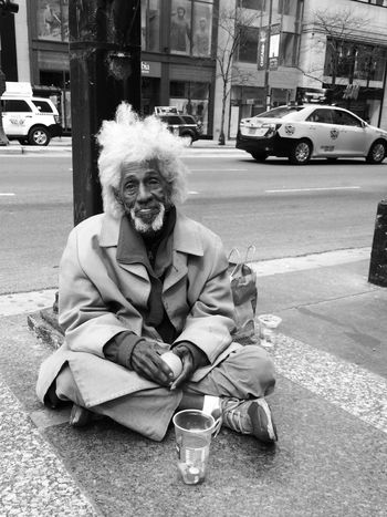 USA Shades Of Grey Streetportrait Iphone5s Blackandwhite Beggar B&w Street Photography