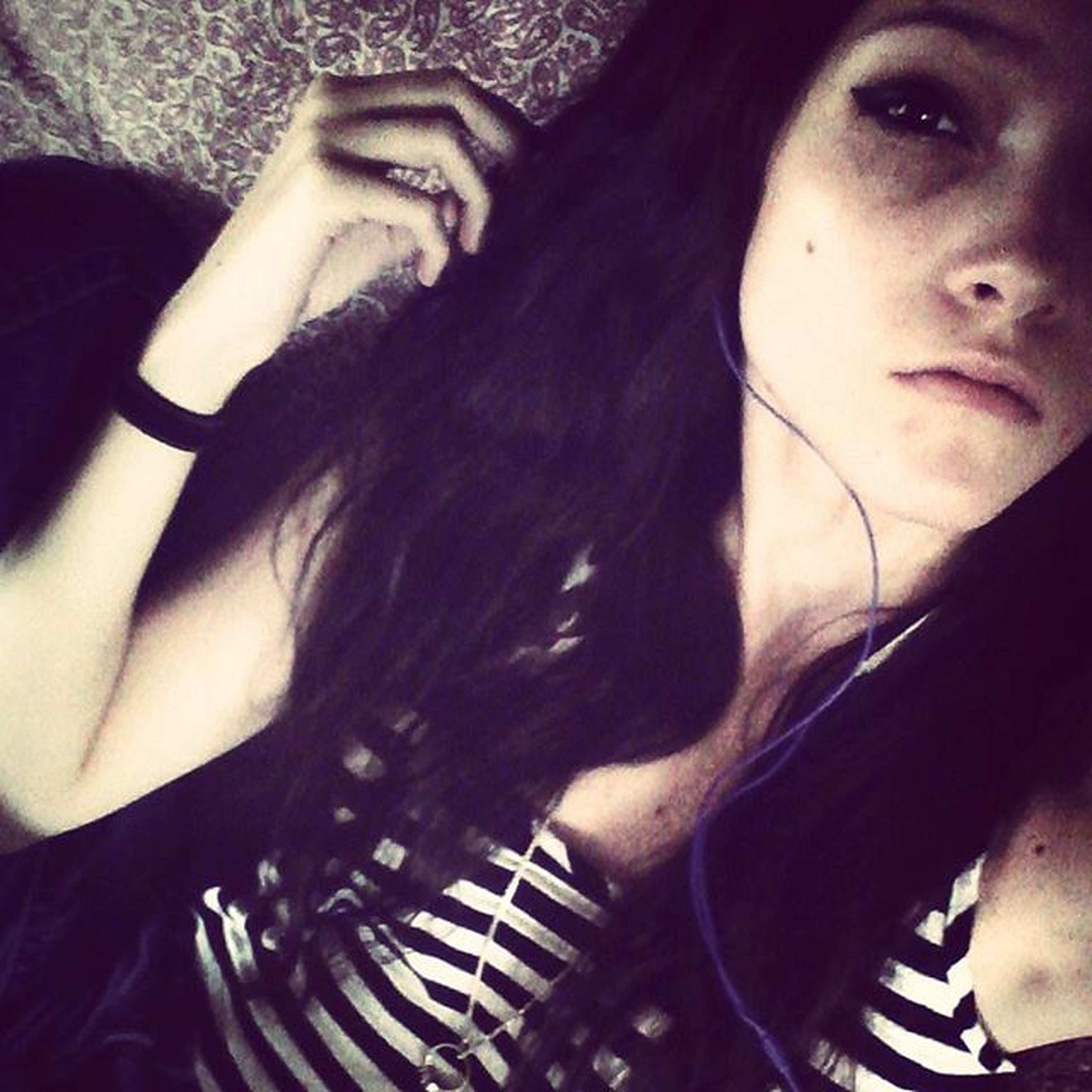 It hurts but eventually your pain fades, when you play cod all day and rage 😁 Wanna play? DM or comment psn. Pain Gone Smiles Toofunny TooCute AnotherDay Loveit Skinandbones Music Longhair Damnedifyoudo Damnright Blackops2 CallOfDuty Hmu LOL Me Bo3 Ps3 Gamergirl Gamer Boss