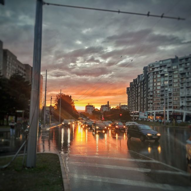 Rainy Sunset Varna Bulgaria <3 Sunset Rainy Weather Rainy Street