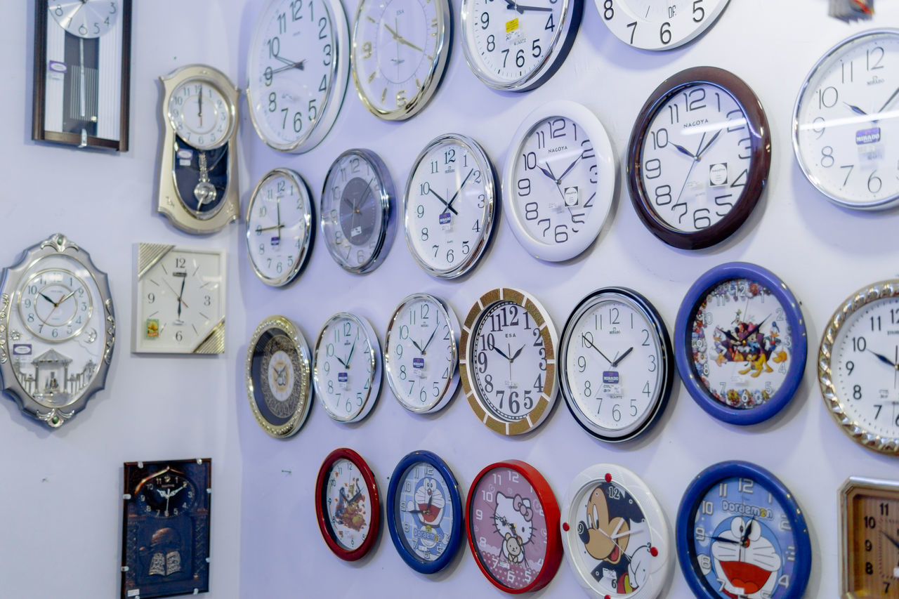 Arrangement Beautifully Organized Choice Clock Clock Face Day For Sale Indoors  Large Group Of Objects Minute Hand No People Time Variation