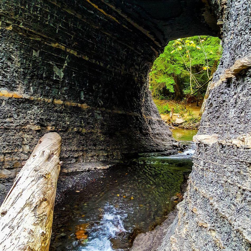 Hole innthe Wall falls, Port Alberni, BC Water Arch Architecture Tunnel Footpath Bridge Scenics Weathered Shale Rock Waterfalls