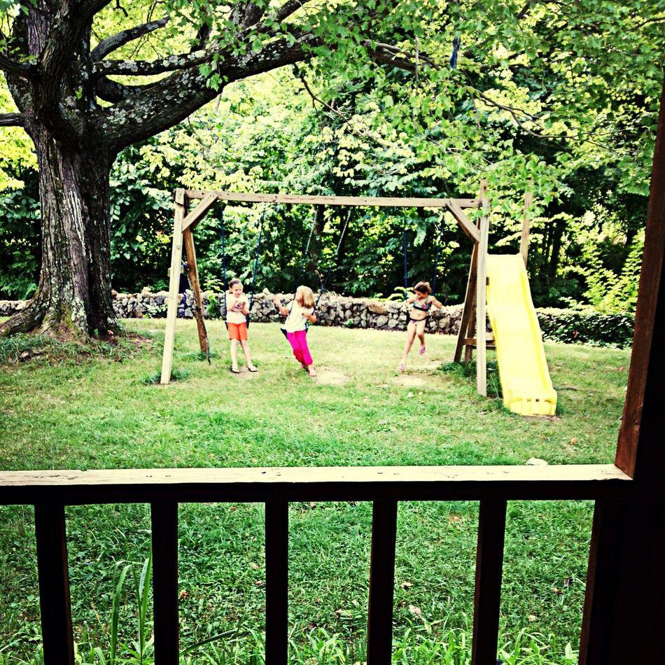 The little girls playin outside Lovinlife:) First Eyeem Photo