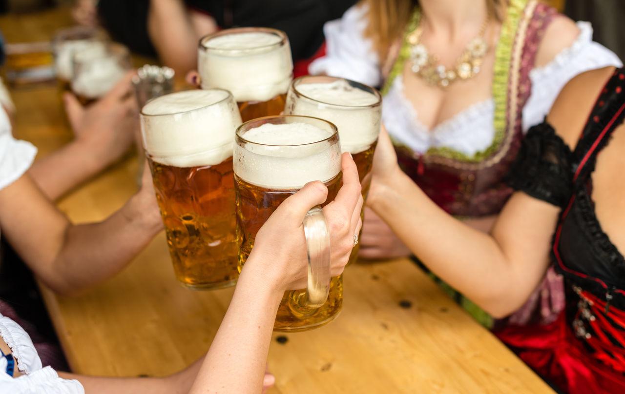 Beautiful stock photos of oktoberfest, 18-19 Years, 20-24 Years, 25-29 Years, Beer - Alcohol