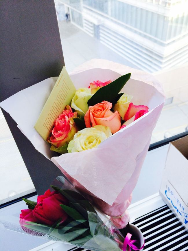 Today we did celebrate Internationalwomensday ! This day means a lot for all women all over the World . We celebrate our Emancipation and Equalrights . Thanks to all real men for making feel us Special and Beautiful not only today but every day! Flowers Roses Tulips