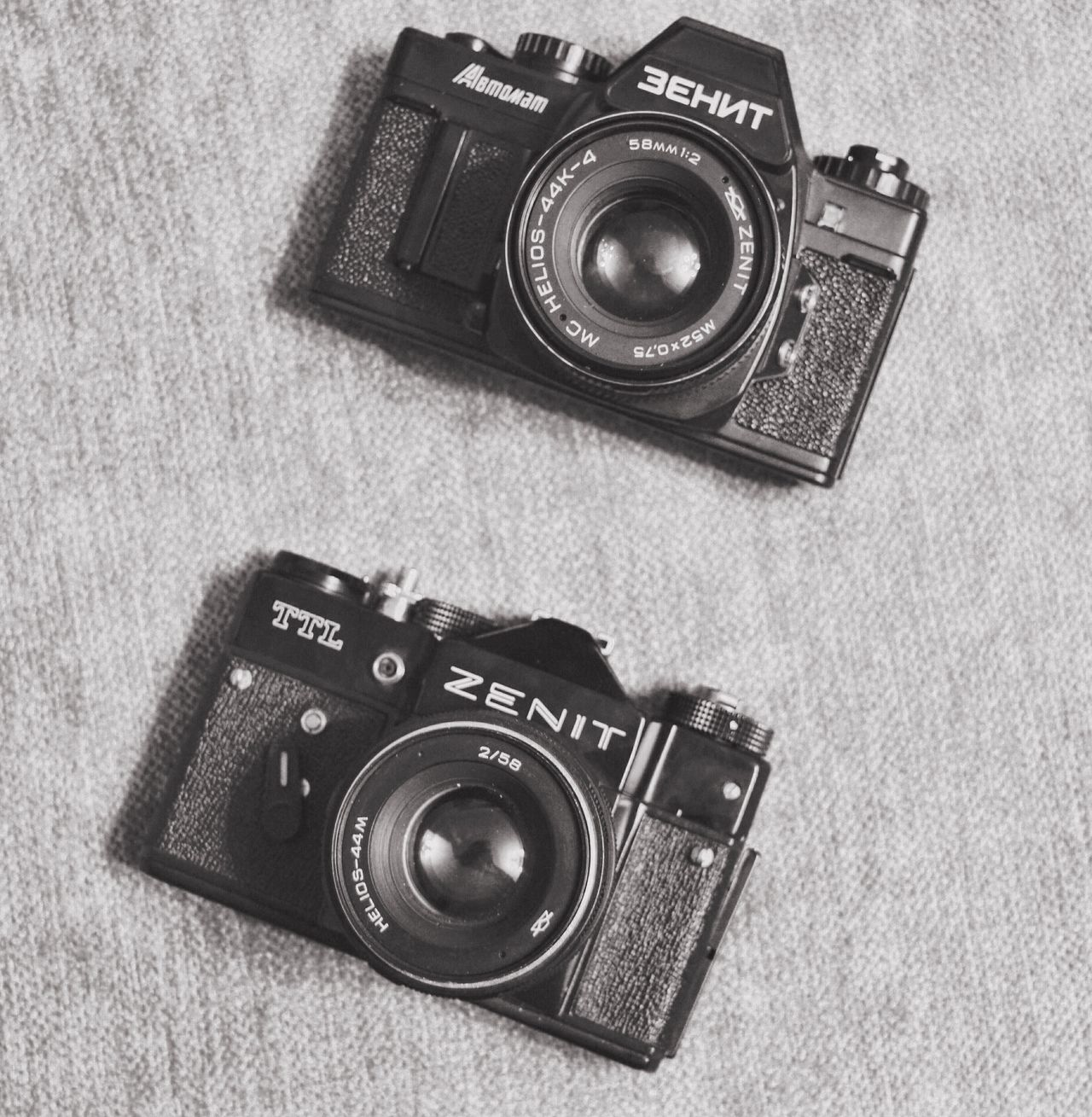 Old USSR lens cameras Zenit Photography Themes Camera - Photographic Equipment Photographic Equipment Retro Styled Old-fashioned Photographing SLR Camera Technology No People Digital Camera Lens - Eye Close-up Day