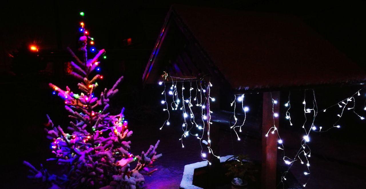 Christmas time :) Christmas Is Coming. ♥ Christmas Time Lights Snow ❄ Christmas Time! Celebration Night Illuminated Tradition Christmas Arts Culture And Entertainment Lighting Equipment Christmas Lights Christmas Tree Christmas Decoration No People