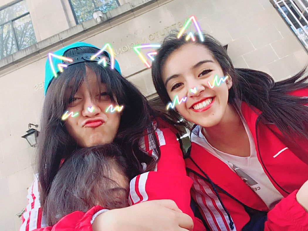 Lifestyles Friendship Friends ❤ Student Art Art Student Life Enjoy ✌ VIBES👅 Girl Swagg ♥ Kawaii♡ Art Stuff ♡