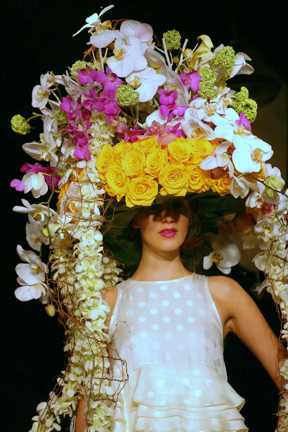 Bouquet Flower Front View Hat Hat Fashion Hat Flowers Model Modeling Portrait Runway Model Runwayfashion