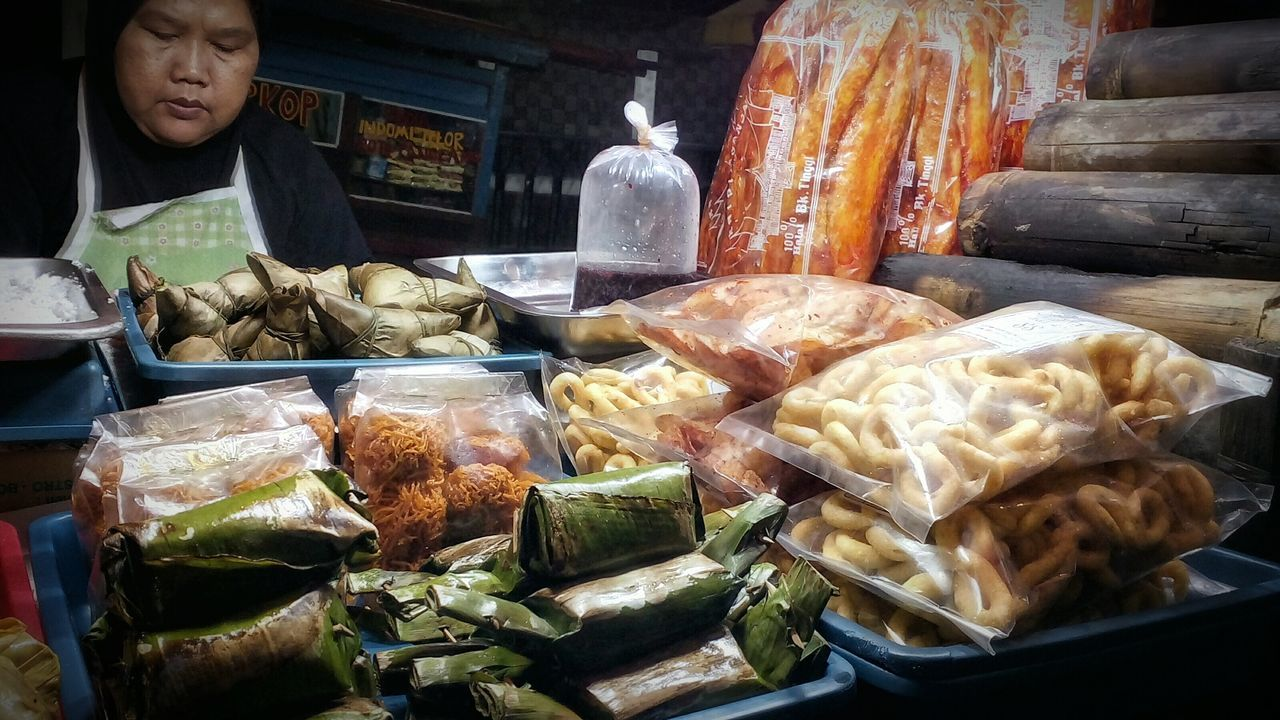 West Sumatran's Traditional Snacks. Streetvendors Nightmarket Pasarsenen Centraljakarta