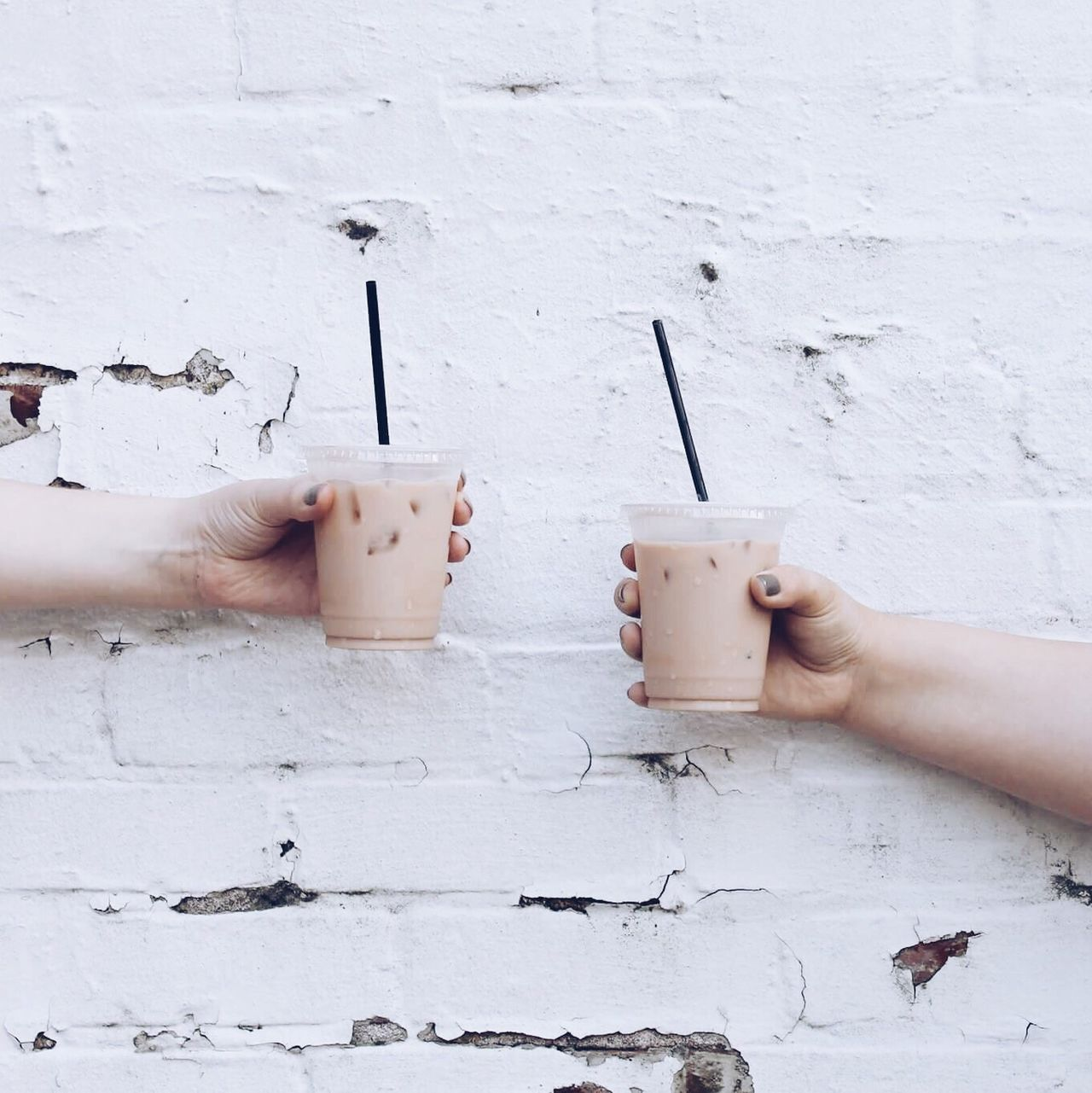 Human Hand Human Body Part One Person Human Finger Holding Real People Day Leisure Activity DIY People Lifestyles Outdoors Women Architecture One Woman Only Adult Close-up Coffee Iced Summer