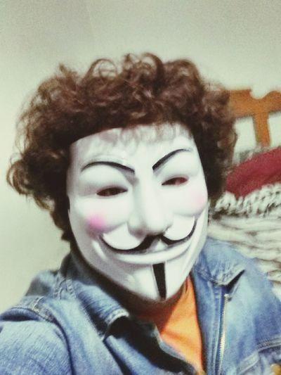 Anonymus :3