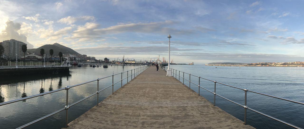 Atardecer Bizkaia Costa Vasca Faro Mar Y Cielo Muelle De Hierro Portugalete Vizcaya