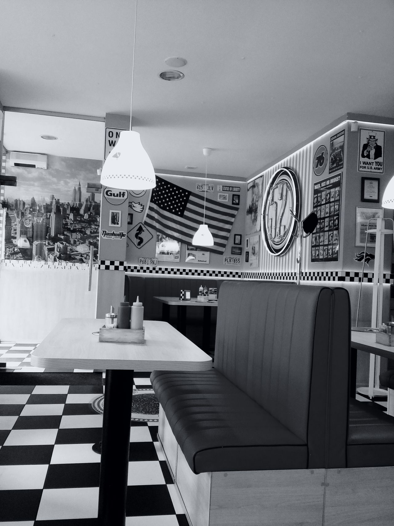 America Bydgoszcz Poland Diner City52 American Flag Restaurant Bar Amaturephotography Blackandwhite