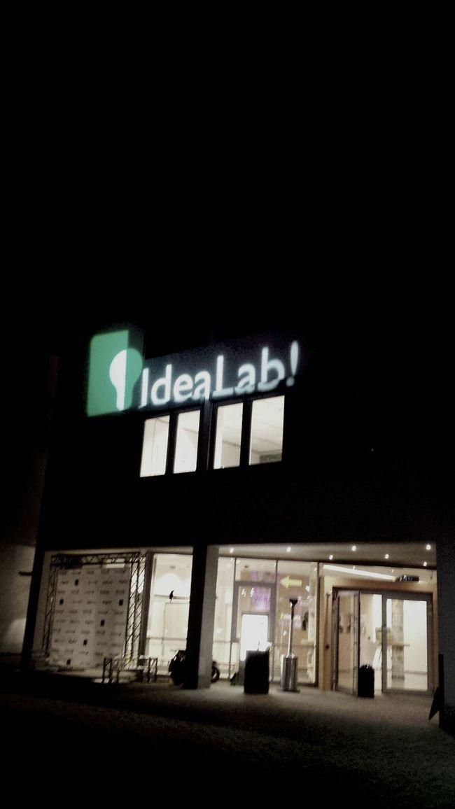 WHU IdeaLab Bitstars