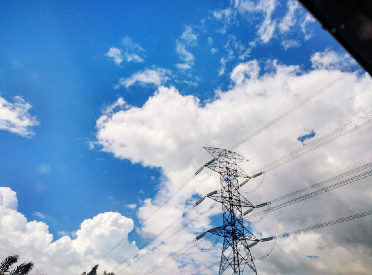 Cloud - Sky Power Supply Electricity  Low Angle View Sky Outdoors Connection Fuel And Power Generation Power Line  Technology Electricity Pylon No People Business Finance And Industry Day High Voltage Sign
