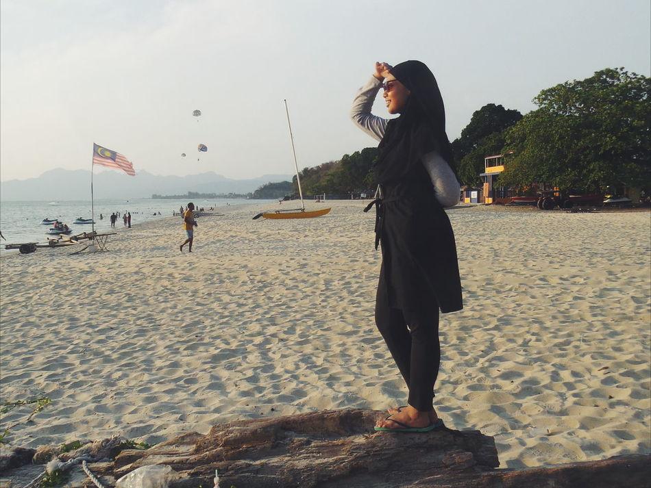 Love yourself everyday ♡ Vscomalaysia Vscocam First Eyeem Photo Hijabfashion Hijabtraveller Islandlife Moments Of Life