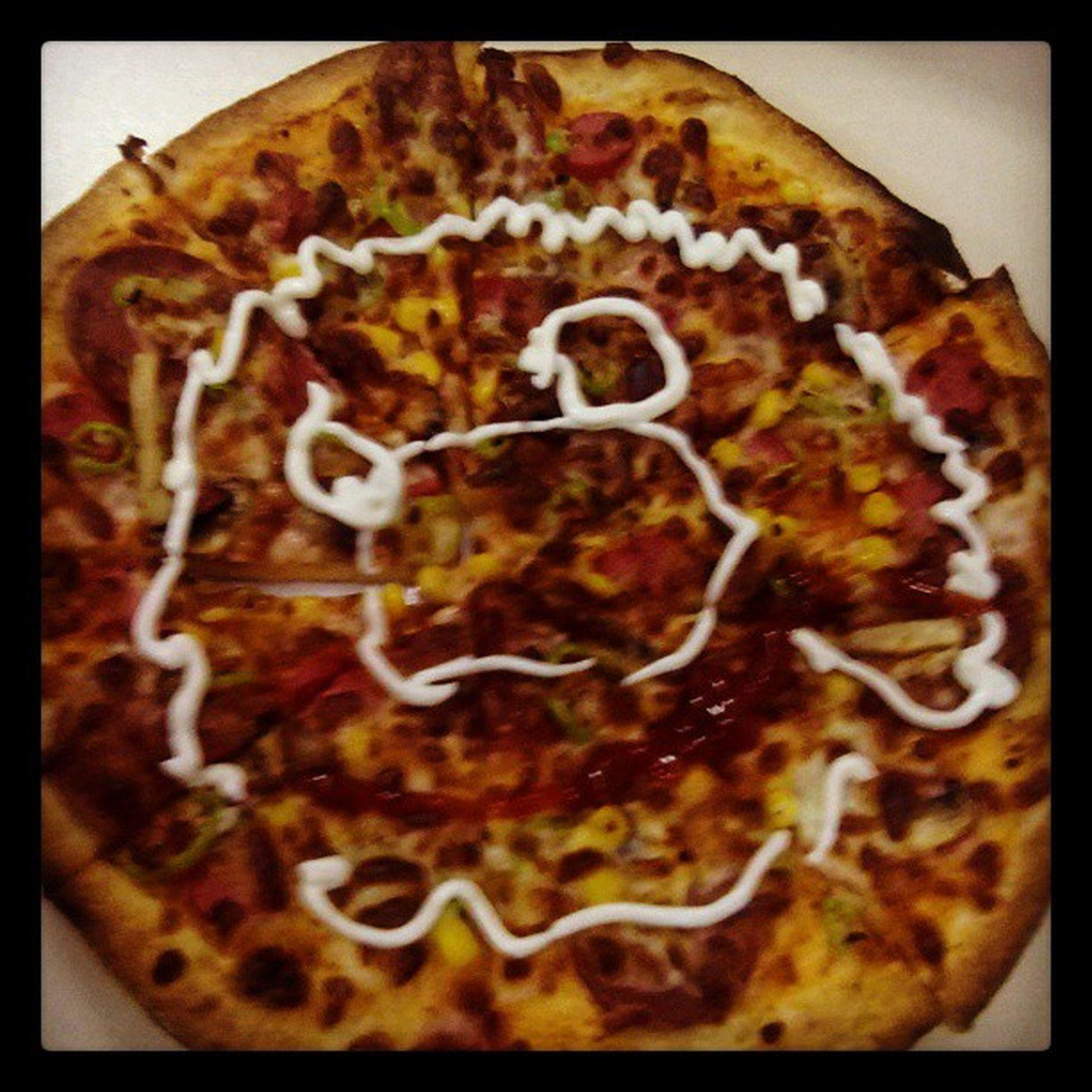 Pizza böyle yapïlïr:-)Hunggry Acikmak G ülen pizza Intstagram ac beatiful home