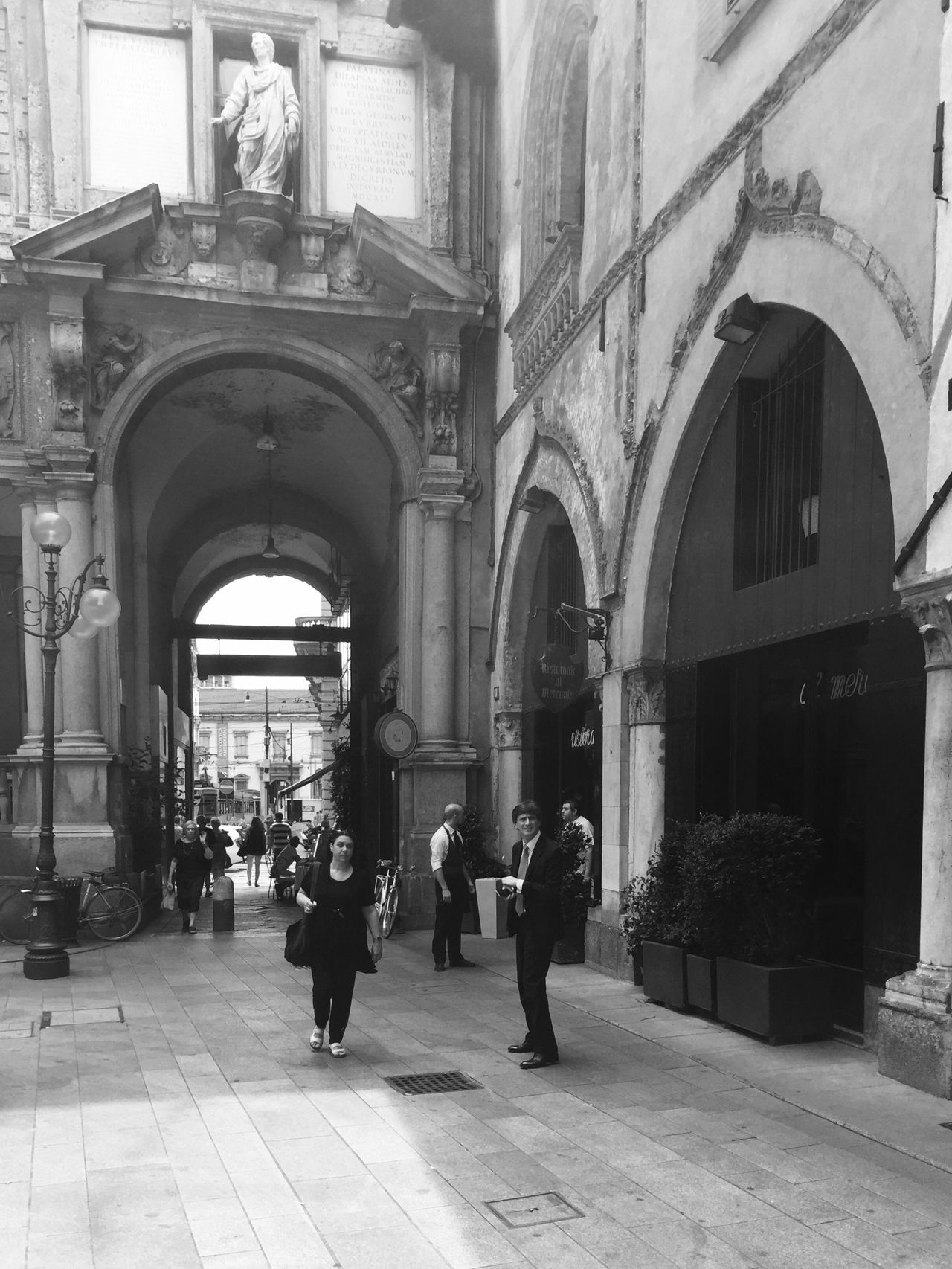 Streets of Milan Streetphotography Streetphoto_bw EyeEm Best Shots Bella Italia Enjoying Life