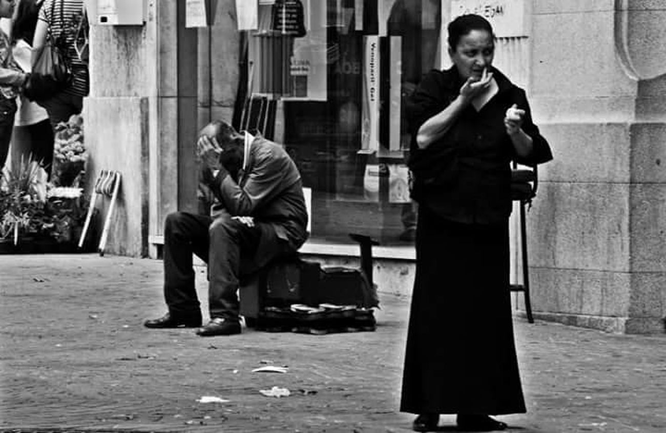 Streetphotography Thestreetphotographer EyeEn Porto B&w Street Photography B&w Photography Street Photography Blackandwhite Photography