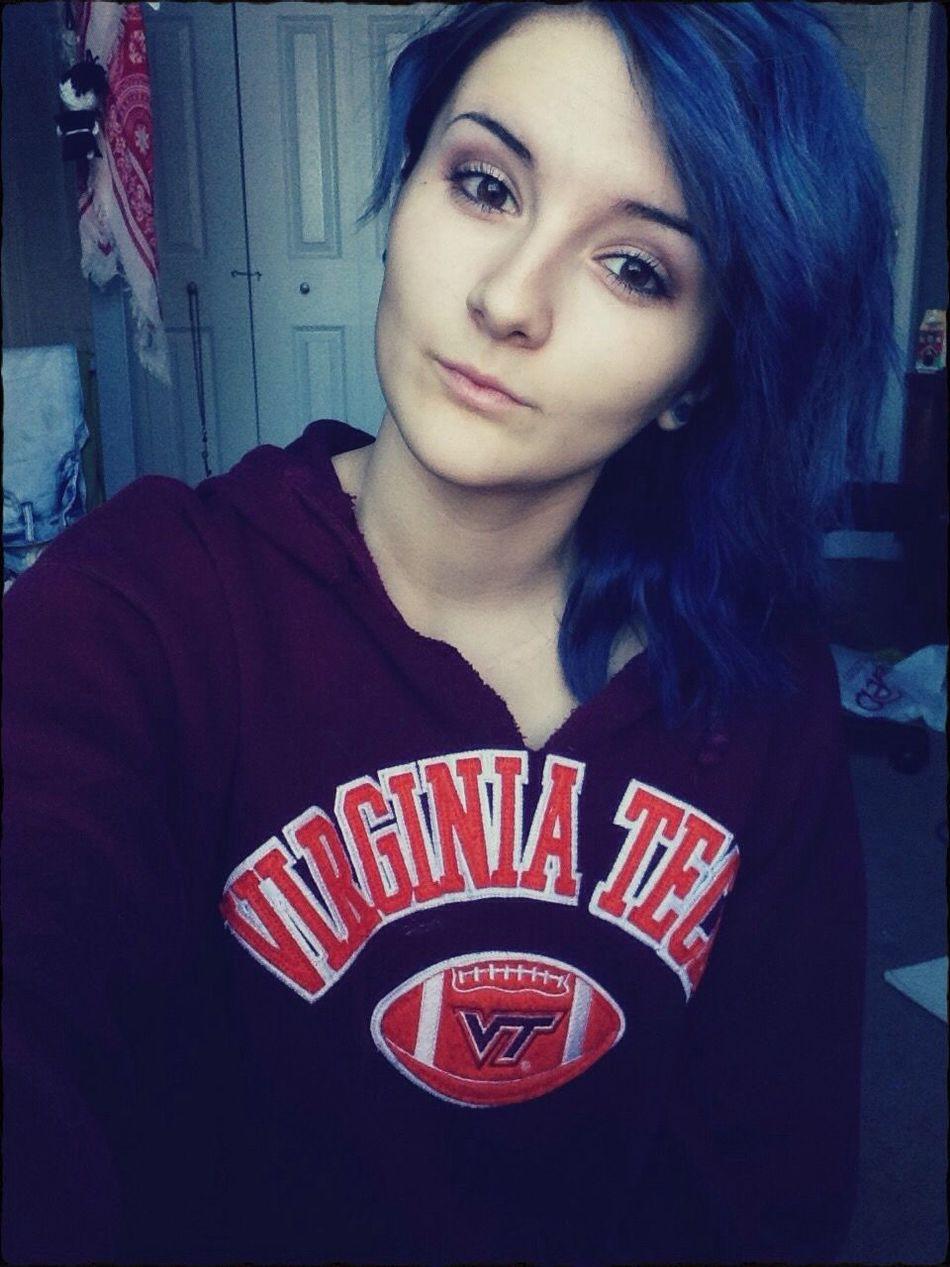 Punk Girls Dyed Hair Blue Hair Cute Piercings Cuey Sparx Tapers Lips Alternative Girls