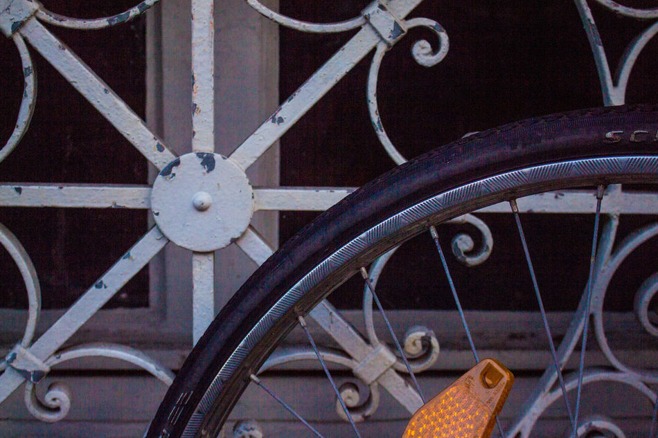 Bicycle Carriage Close-up Day Gear Horse Cart Land Vehicle Mode Of Transport No People Old-fashioned Outdoors Spoke Street Transportation Wagon Wheel Wheel