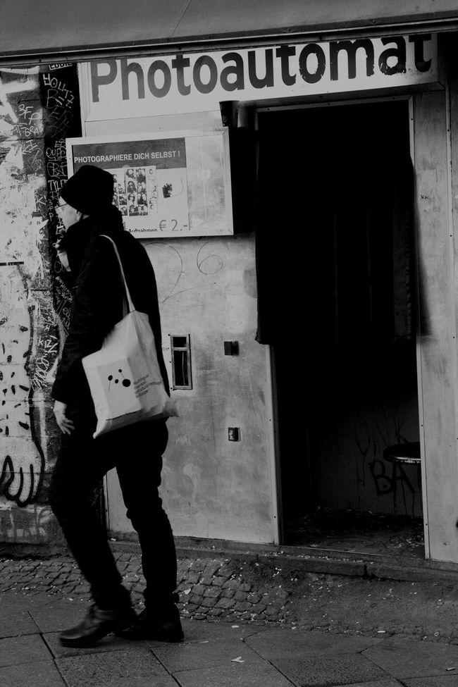 Typisch Berlin Berlin Shootermag Streetphotography Streetphoto_bw Die Radikalen Foto Hools My Fuckin Berlin Huffington Post Stories Monochrome Tadaa Community