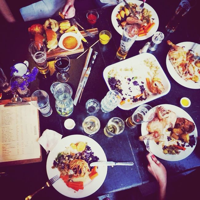 Mealtime Sunday Roast Friends Time Fun Meal The Foodie - 2015 EyeEm Awards