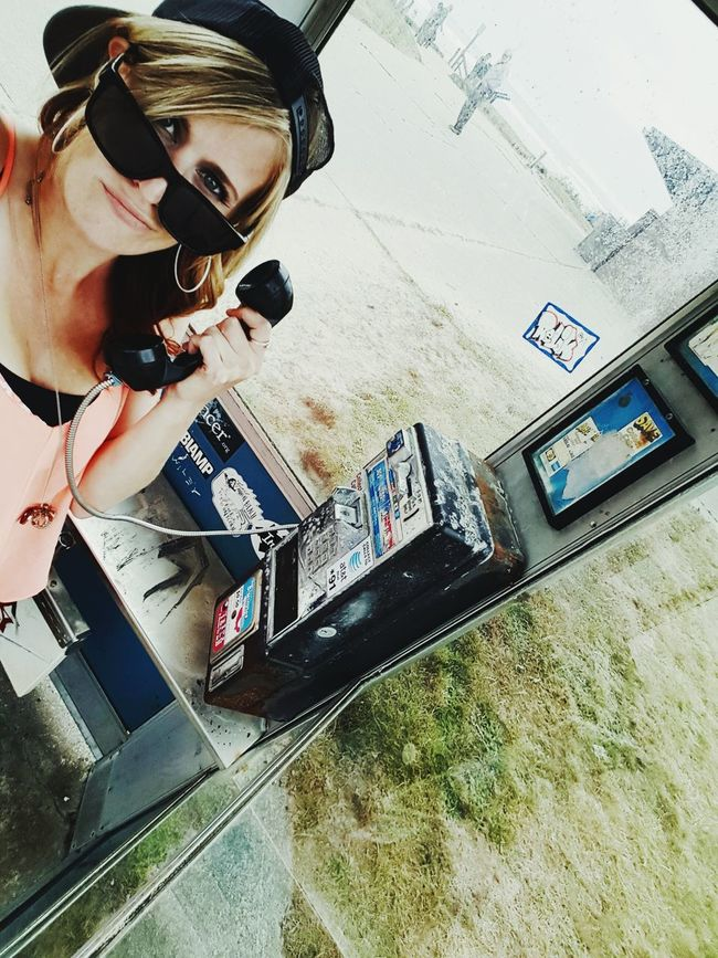 Cell Phone Died....Can i take a selfie with this thing? Phonebooth Lyssanicole Throwback Generationgap Noselfie Firstworldproblems OpenEdit Wait Old School