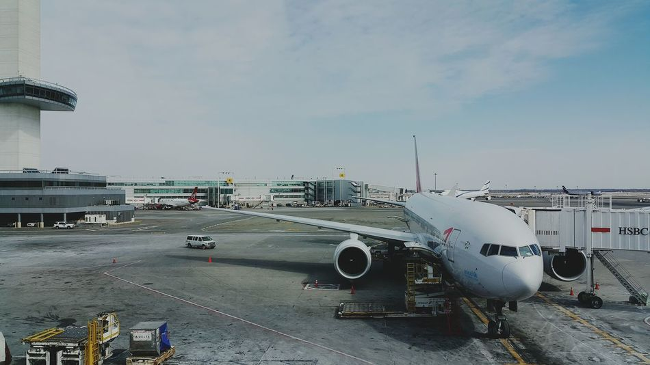 USA Photos Returning Home Airport Airplane Galaxy Note 4 Catching A Flight In The Terminal I Heart New York I Love New York Streamzoofamily Asianaairlines Airplanepark Asiana Airlines