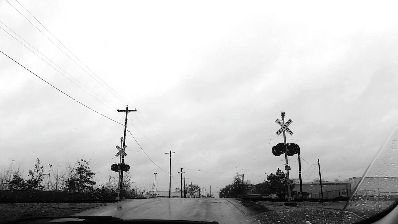 》Madelyn Roberson《 Taking Photos Water Natural Light Detail Silhouette Black&white Railroad CarRides Sad Saddness Trees Cloudy Day Rainy Days☔ Window View Dark Depressed December Sky
