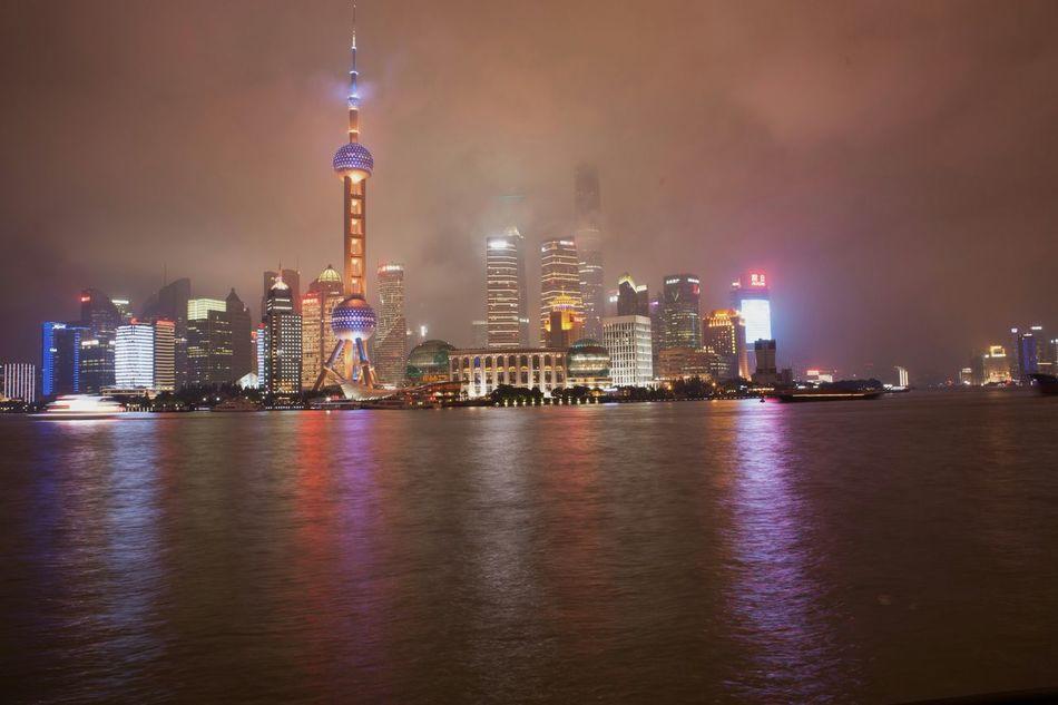 Shanghai Streets Backstreets & Alleyways VSCO The Week On EyeEm Shanghai Night Shanghaibund Alleyezonmayphotography Shanghai Tower My City City Life