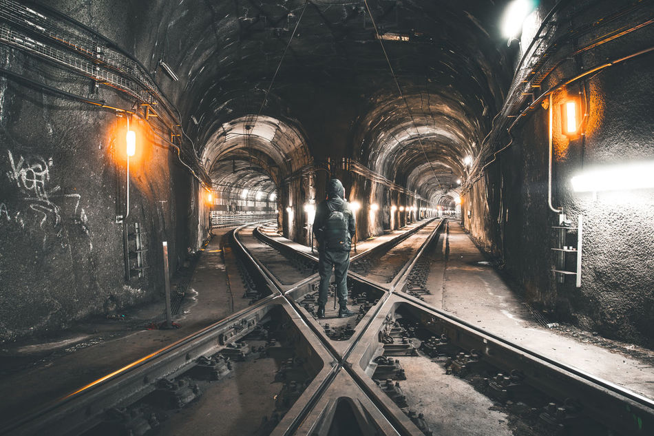 Beautiful stock photos of bahn,  Choice,  Decisions,  Diminishing Perspective,  Direction