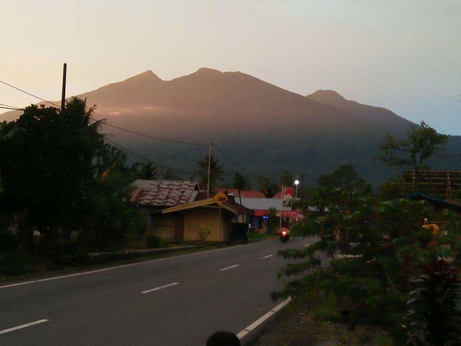 Pinggirjalan Depanrumah Mountain Tandikekmountain Hello World First Eyeem Photo