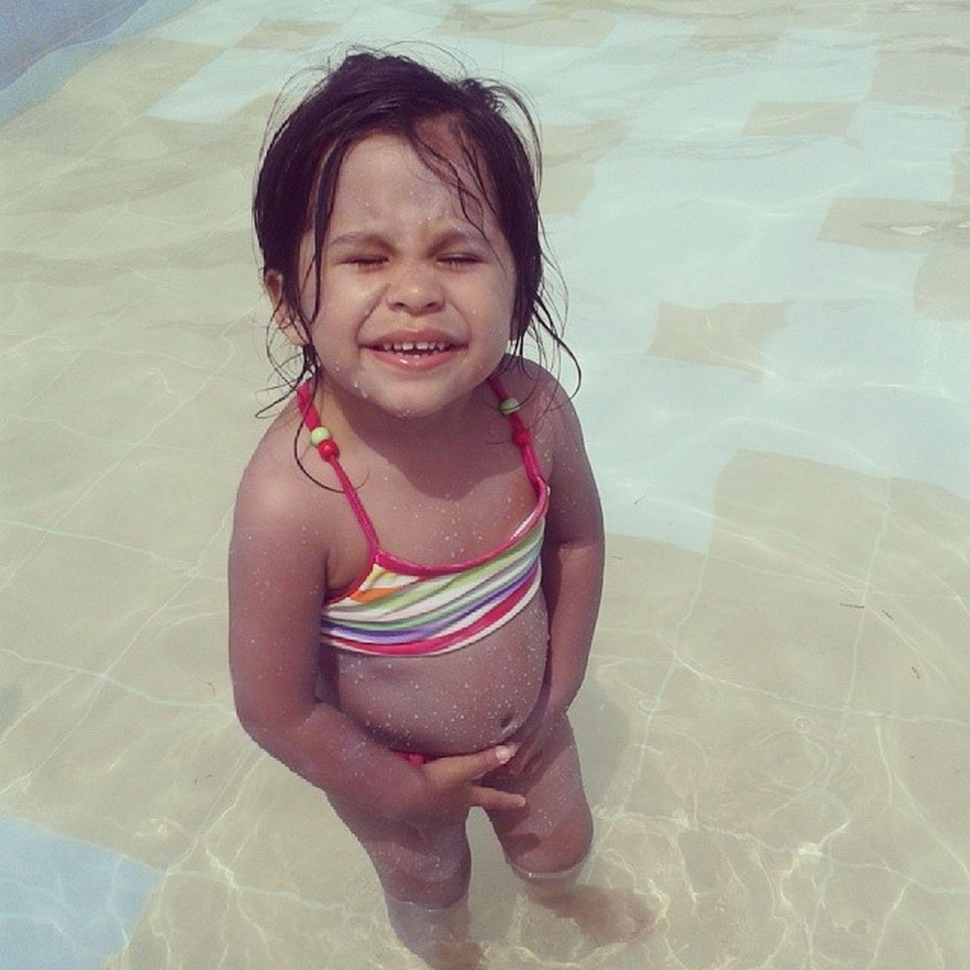 Valentina en la piscina Verano2014 Babygirl Igersperu Club ahijada