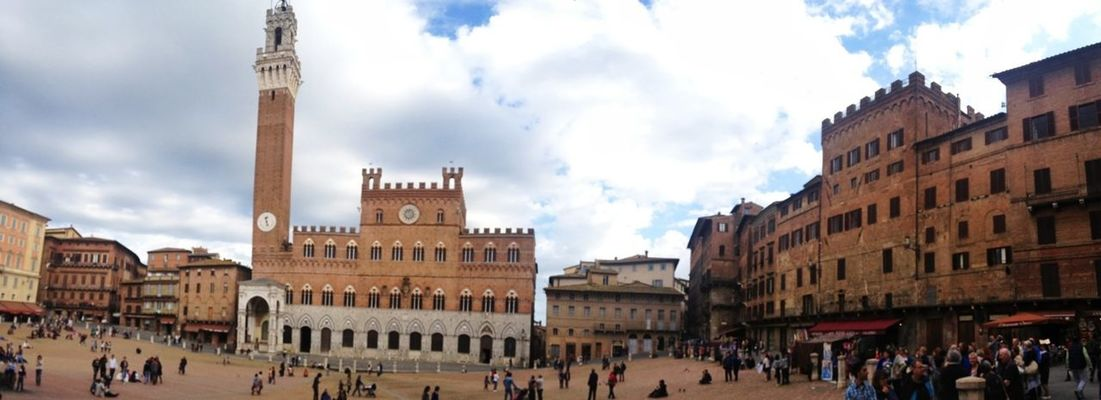 Architecture at Piazza del Campo by Mr Luminous