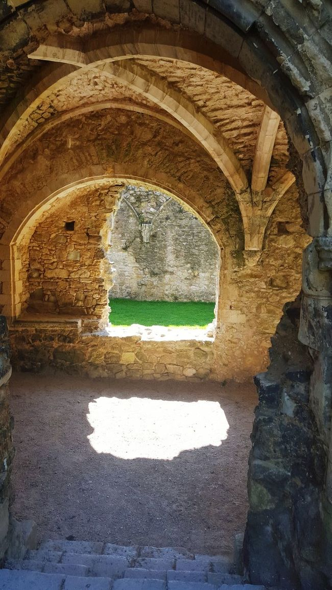 abby Historical Architecture Ruins History Through The Lens  Amazing Architecture Architecture_collection Historic Places Arched Windows Inside Out Creative Eye